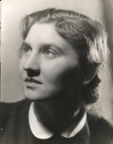 Helena Chvojková-Trnková, 40.léta